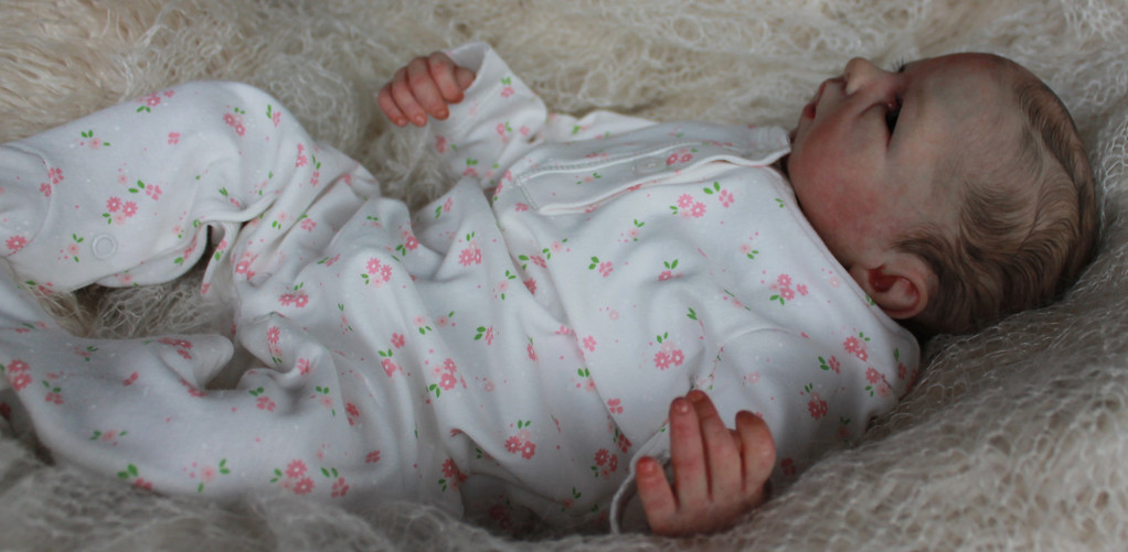 Beautiful Reborn Newborn Baby Girl Doll 'Hilary' Sculpted by Cathy Rowland