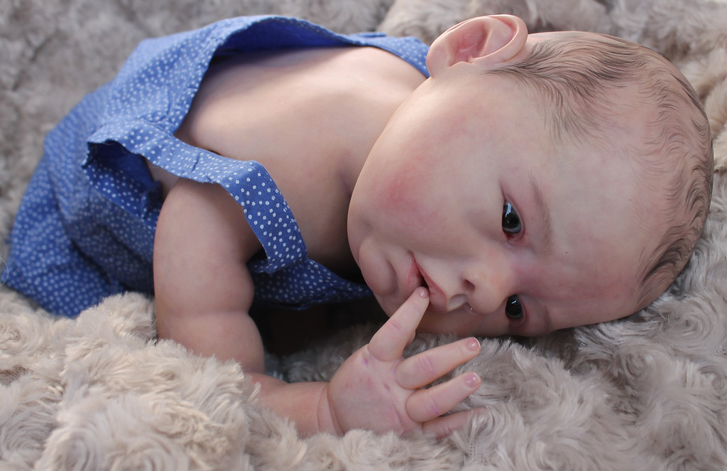 Beautiful Reborn Newborn Baby Girl Doll Lovelyn Sam's Reborn Nursery
